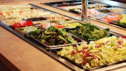 Arkisin klo1030-14 tarjoamme joka päivä vaihtuvan lämpimän buffe pöydän ammatti kokkien loihtimana. Myös itse punnittavan FresGo salaattibaarin antimet voit nauttia joko paikanpäällä tai ottaa mukaan työpaikalle/kotiin.